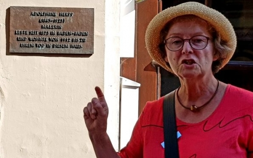 Frau Rözel bei der Führung am 29.06.2019
